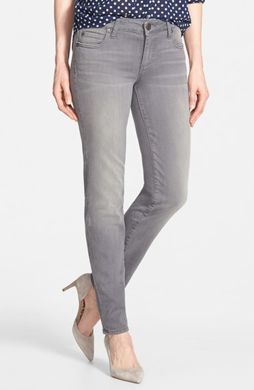 'Diana' Stretch Skinny Jeans by KUT from the Kloth in The Big Bang Theory - Season 9 Episode 2