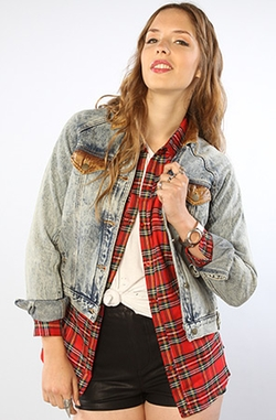 The Score Textured Acid Wash Denim Jacket by RVCA in Pretty Little Liars