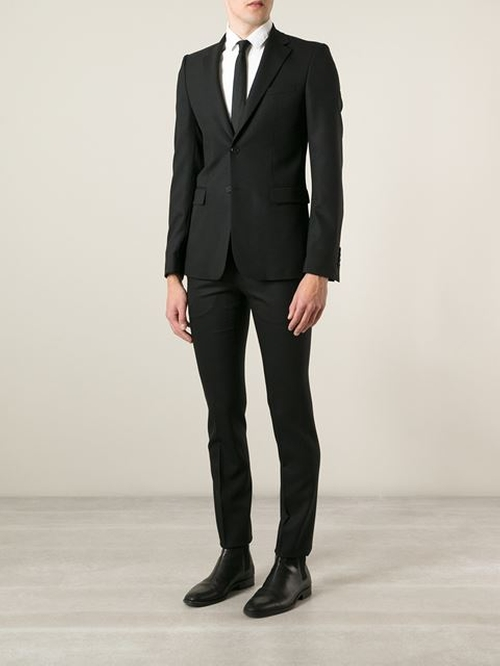 Classic Formal Suit by Givenchy in The World is Not Enough
