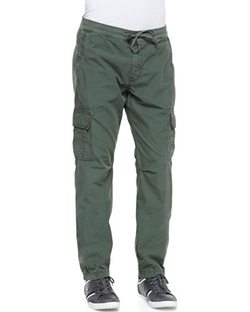 Weekend Cargo Pants by 7 For All Mankind in The Big Bang Theory