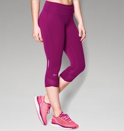 Fly-By Compression Capri Leggings by Under Armour in Ballers