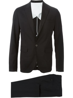 Classic Two-Piece Suit by Dsquared2 in Now You See Me 2
