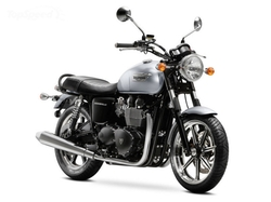 MY15 Bonneville Motorcycle by Triumph in Nerve