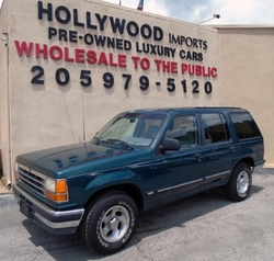 1992 Explorer XLT SUV by Ford in Point Break