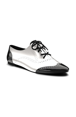 Black and White Saddle Shoes by Born in Pitch Perfect 2