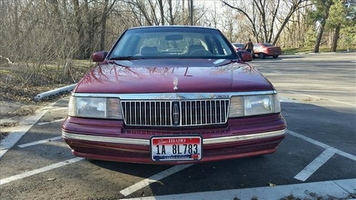 1991 Continental Sedan by Lincoln in Captive
