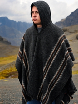 Hooded Rustic Poncho by AlpacaMall in Masterminds