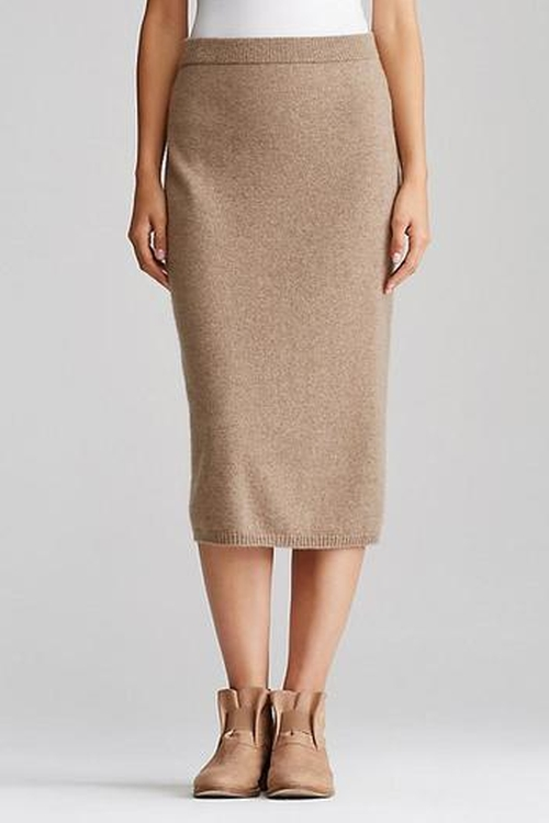 Midi Cashmere Skirt by Eileen Fisher in Keeping Up With The Kardashians - Season 11 Episode 9
