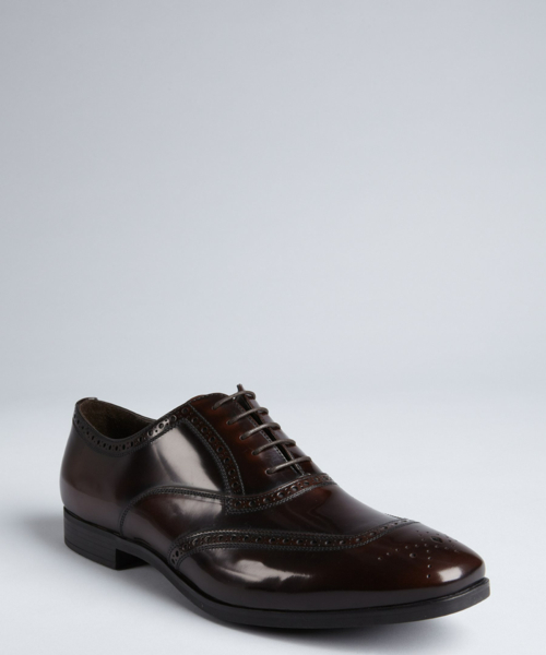 Leather Wingtip Lace-Up by Salvatore Ferragamo in Crazy, Stupid, Love.