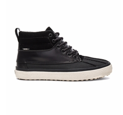 Sk8 Hi Del Pato MTE DX Sneakers by Vans in Quantico