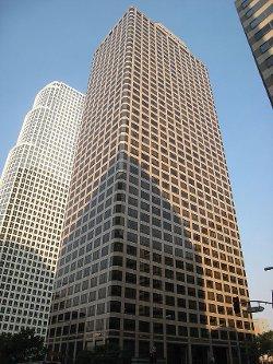 Los Angeles, California by Ernst & Young Plaza in Her