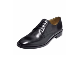 Cambridge Plain-Toe Oxford Shoes by Cole Haan  in Jane the Virgin