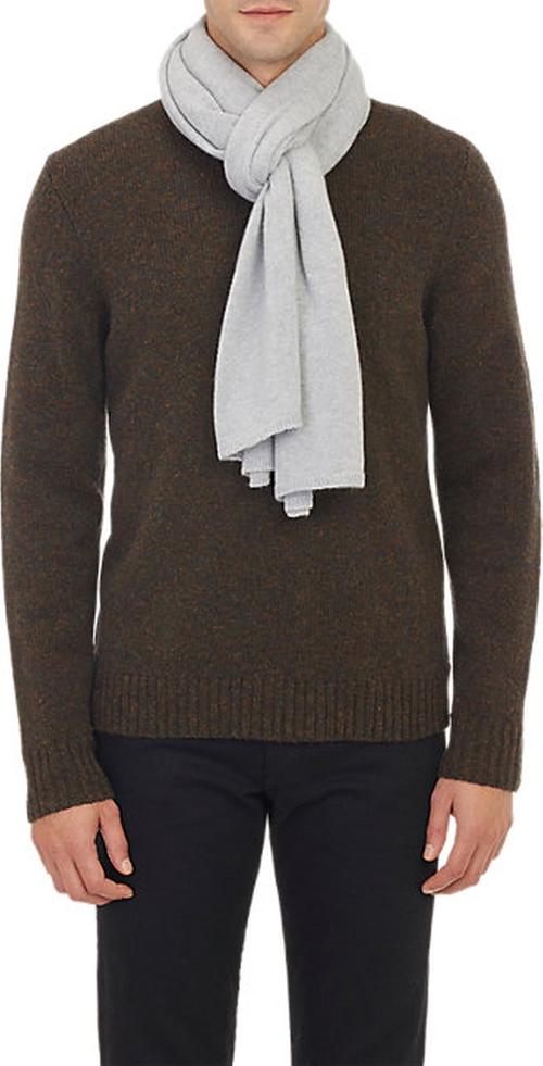 Knit Scarf by Barneys New York in Love Actually