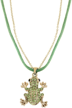 Green Crystalencrusted Frog Pendant Necklace by Betsey Johnson in Pitch Perfect 2