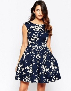 Fluttering Romance Dress in Butterfly Silhouettes by Closet London in New Girl