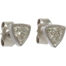 Trillion Cut Diamond Stud Earrings by MALCOLM BETTS in Iron Man 3