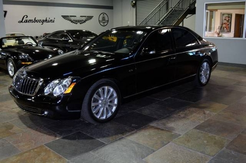 Maybach car - Color: Black  // Description: essential