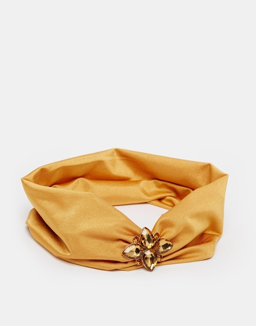 Jewel Hair Turban Headband by Asos Collection in Scream Queens - Season 1 Episode 1