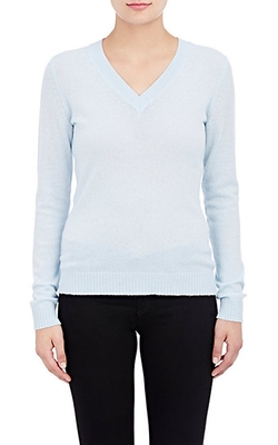 Collection Cashmere V-Neck Sweater by J.Crew in Modern Family