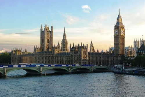 Palace of Westminster London, United Kingdom in Fast & Furious 6
