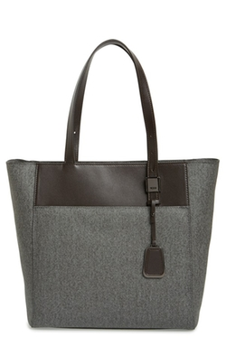 Sinclair - Small Nora Tote Bag by Tumi in Supergirl