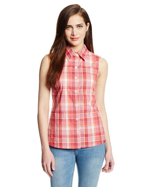 Sleeveless Poplin Plaid Shirt by Dickies in Pitch Perfect 2