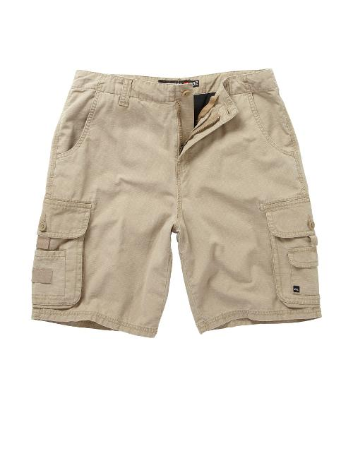 "Conquest Cargo 21"" Shorts by Quiksilver in Dolphin Tale 2"