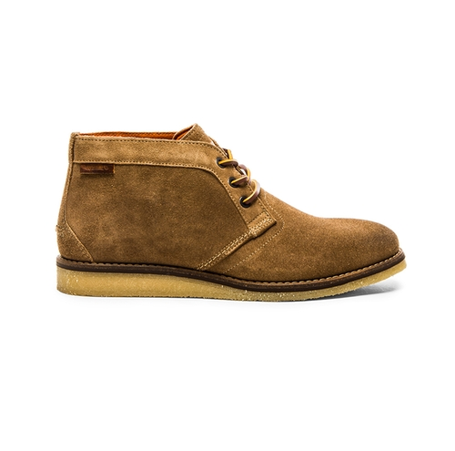 1883 Julian Chukka Suede Boots by Wolverine in Sharknado 4: The Fourth Awakens