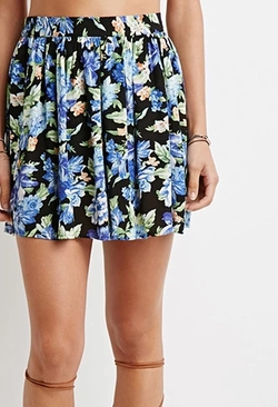 Floral Print Crepe Skirt by Forever 21 in Black-ish