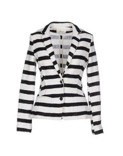 Tweed Blazer by Suoli in The Good Wife