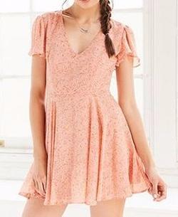 Sarah Flutter-Sleeve Peach Chiffon Mini Dress by Kimchi Blue in 13 Reasons Why