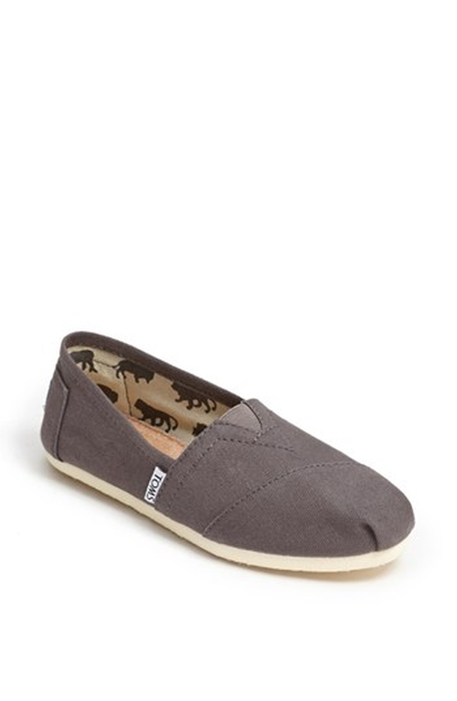 'Classic' Canvas Slip-On Shoes by Toms in Pretty Little Liars
