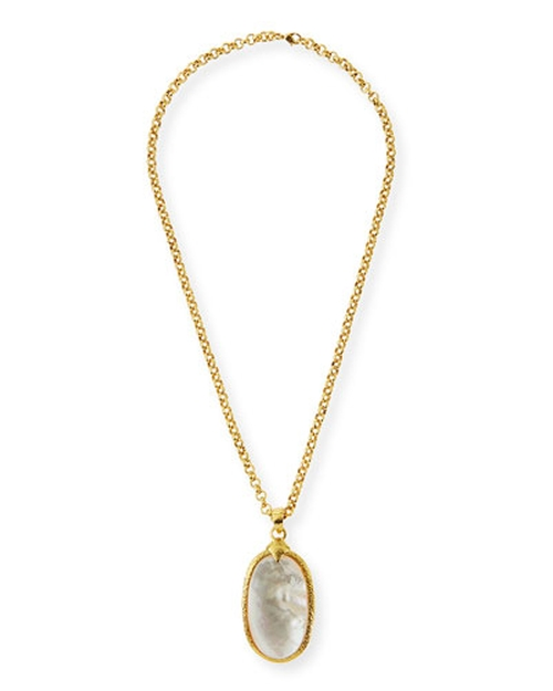 Mother-of-Pearl Oval Pendant Necklace by Jose & Maria Barrera in The Martian