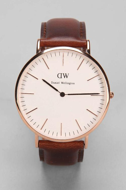 Daniel Wellington St. Andrews Watch by Urban Outfitters in Ride Along