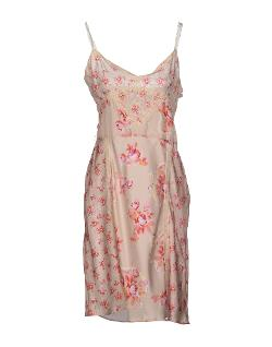 Short dress by Guess in The Disappearance of Eleanor Rigby