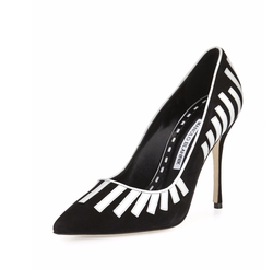 Pontanus Piano Suede Pumps by Manolo Blahnik in The Commuter