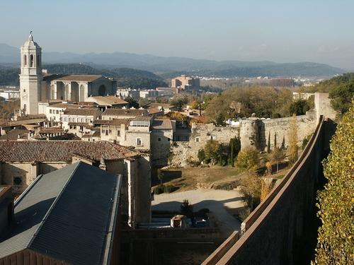 Girona (Depicted as Oldtown, Braavos) Girona, Spain in Game of Thrones - Season 6 Episode 10 - The Winds of Winter