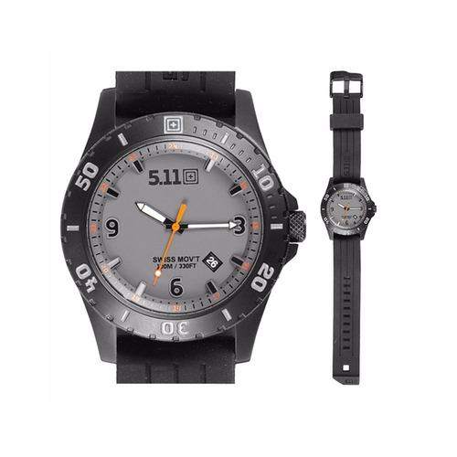 Granite Sentinel Watch by 5.11 in Lethal Weapon - Season 1 Episode 12