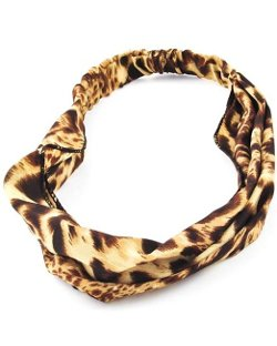 Brown Leopard Headband by Arras Creations in Pitch Perfect 2