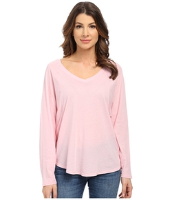 Vintage Whisper V-Neck Long Sleeve Sweater by Splendid  in Bad Moms
