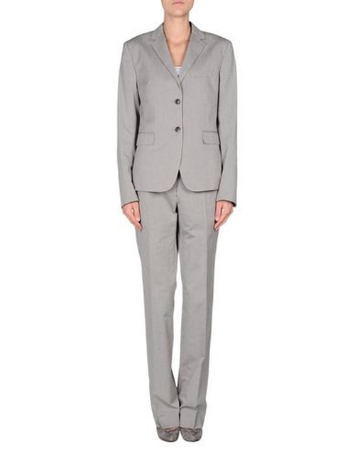 Single Breasted Pants Suit by Mauro Grifoni in Billions - Season 1 Episode 9