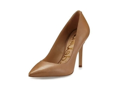 Hazel Pointed-Toe Leather Pumps by Sam Edelman in Quantico