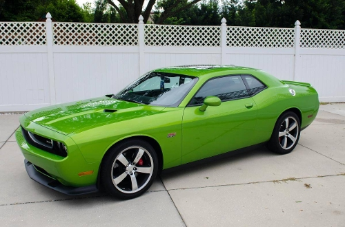 2011 Challenger SRT8 Coupe by Dodge in Furious 7