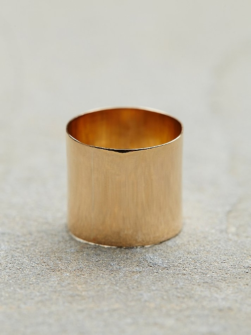 Cigar Band Ring by Free People in Barely Lethal