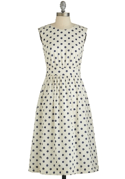 Dotted Dress by Mod Cloth in Ex Machina