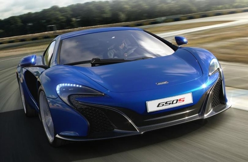 650S Coupe by McLaren in Ballers - Season 1 Episode 7
