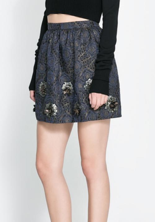 Short Jacquard Skirt by Zara in Pretty Little Liars - Season 7 Episode 5
