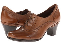 Sheila Oxford Heel Shoes by Cobb Hill in Supergirl