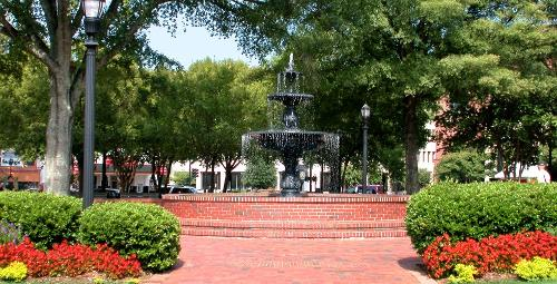 Marietta Square (Depicted as San Jacinto Plaza) Marietta, Georgia (Depicted as El Paso, Texas) in Dumb and Dumber To