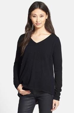 Gunta Woven Inset Cashmere & Silk V-Neck Sweater by Quinn in The Wolverine